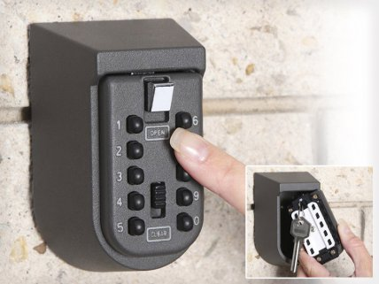 Outdoor Security Key Storage Safe