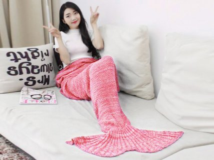 Premium Mermaid Tail Blanket- Pink