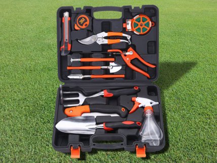 Multipurpose Garden Tool Set