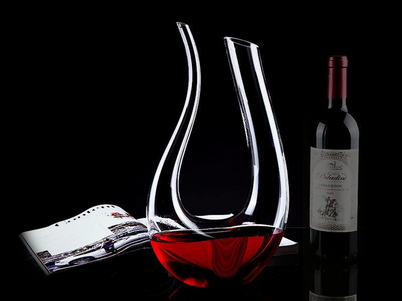 Crystal Clear U-Shaped Wine Bottle Decanter 1100ml