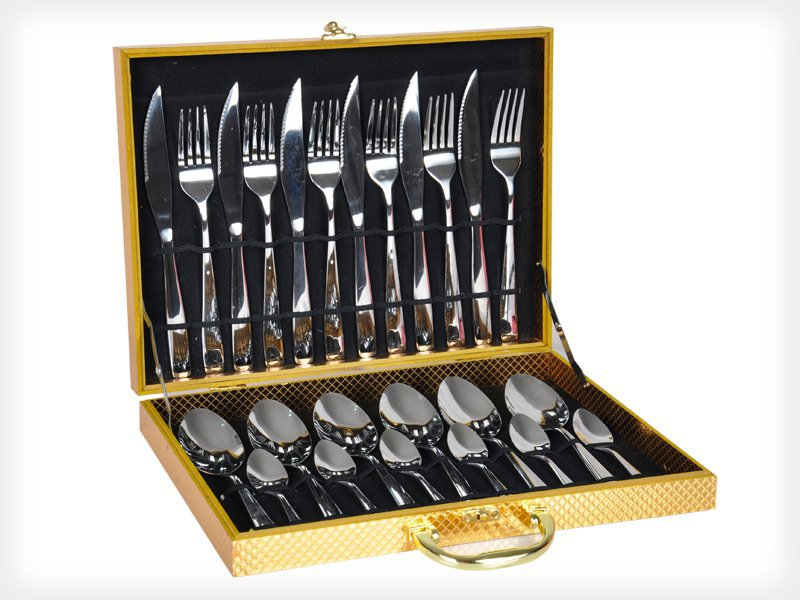 24 Piece Dinnerware Cutlery Set