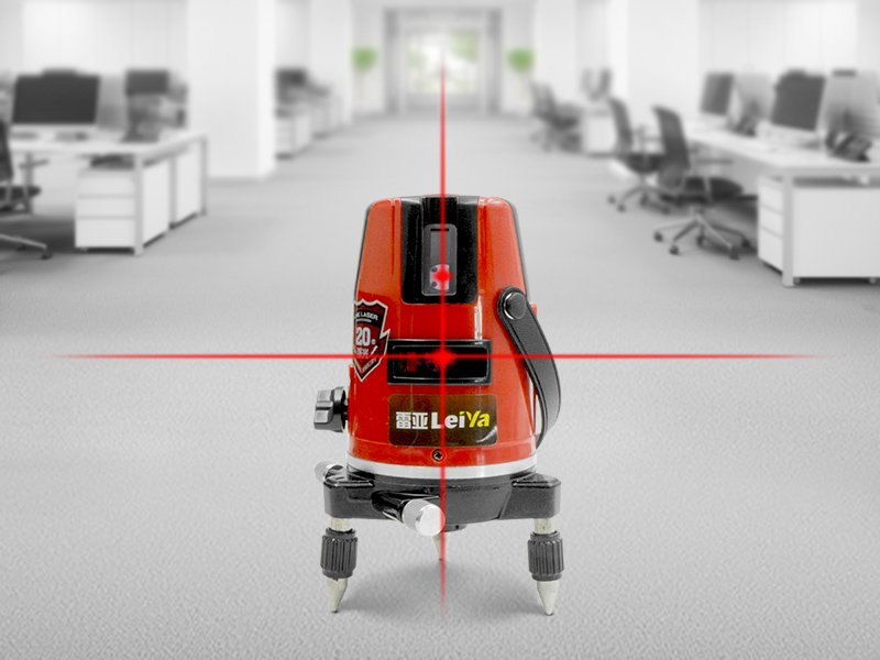 360 Degree Self-leveling Laser Level w/ Tripod