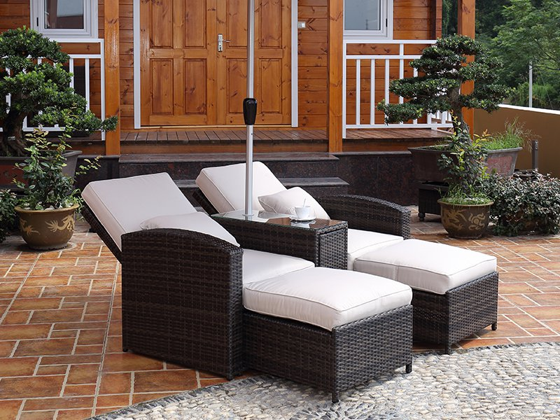 Outdoor Lounge Recliner Chairs & Bed with Table