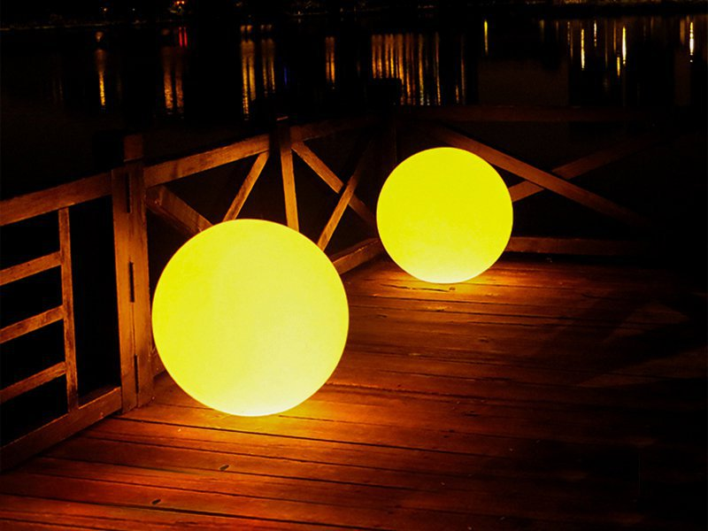 Rechargeable LED Colour Changing Ball Lamp