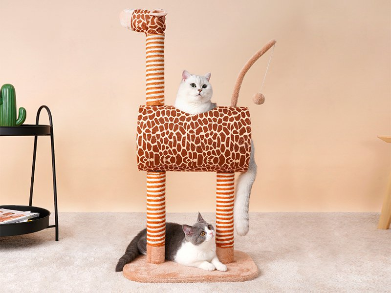Giraffe Cat Climbing Tree Scratching Post